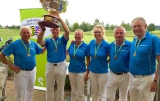 Das Team des GC Dresden Ullersdorf konnte 2015 zum vierten Mal in Folge den Landesmeistertitel verteidigen.